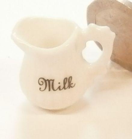 Milk Jug - Ribbed