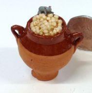 Grain Pot with Mouse